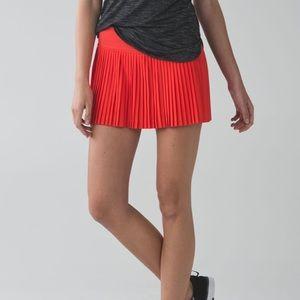 🆕 EUC Lululemon Pleat to Street Skirt II